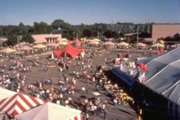 Breaux Bridge Crawfish Festival 2020.2020 Louisiana Festivals And Event Calendar Locations