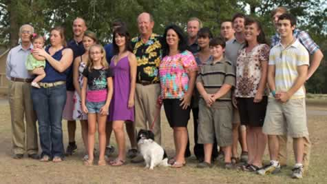 "Photo of the cast of ""Bayou Billionaires"" on CMT"
